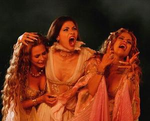 Brides of Dracula wailing