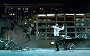 Toretto-vs-shaw-fight