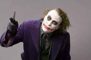 The-dark-knight-heath-ledger-joker (2)