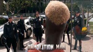 Demolition Man - Phoenix vs Cops HD