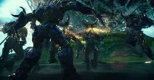 TLK Optimus decapitates Infernocons
