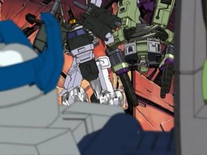 Cyclonus & Demolishor in Trouble
