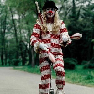 Clown (555) 1