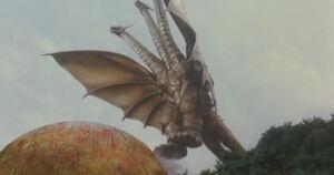 King Ghidorah (Rebirth of Mothra III) 06