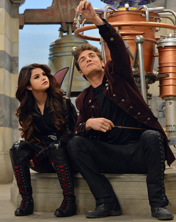 Dominic (Wizards of Waverly Place)