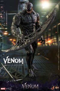 Venom - collectible figure 5