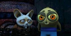 Shifu-and-Tong-Fo-kung-fu-panda-legends-of-awesomeness-30511699-500-258
