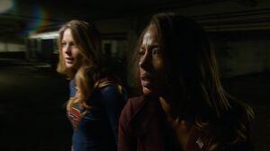 Supergirl and Miranda Crane