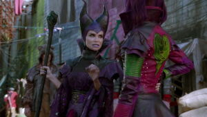 Descendants-disneyscreencaps com-775