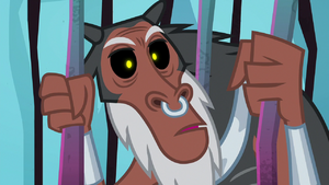 Lord Tirek surprised by Luna's arrival S8E26