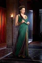 Lucy-lawless-is-lucretia-from-spartacus-vengeance-large-picture.jpg