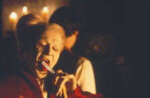 Dracula (1992 tounge