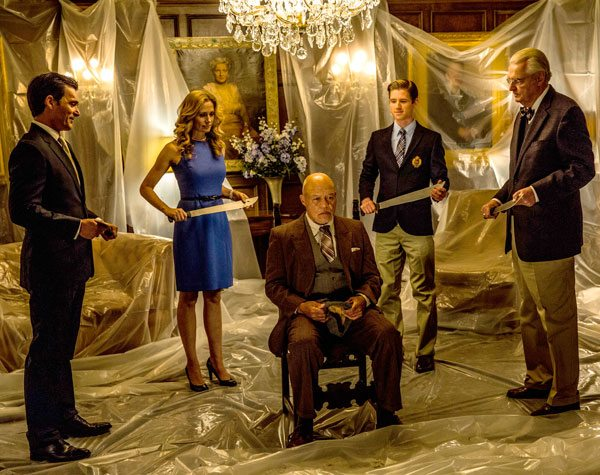 Wealthy Family (The Purge Anarchy)