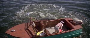 Jaws2-movie-screencaps com-2439