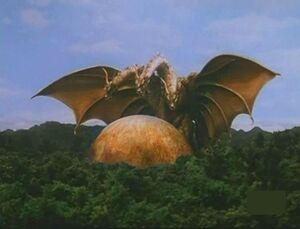 King Ghidorah (Rebirth of Mothra III) 04