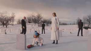Savannah and Lucy Mason visit Jessica Mason's grave