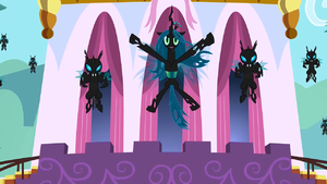 Queen Chrysalis flying S2E26
