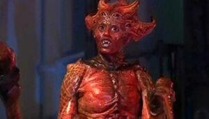 Doctor-Who-2.special-Empress-Racnoss-375x214.jpg