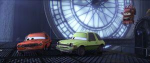 Cars2-disneyscreencaps.com-9309