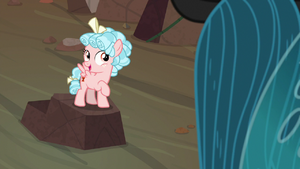 Cozy Glow 'there'll be cupcakes' S9E8