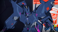 Cyclonus' Light Bender disguise is gone