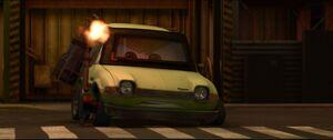 Cars2-disneyscreencaps.com-4623