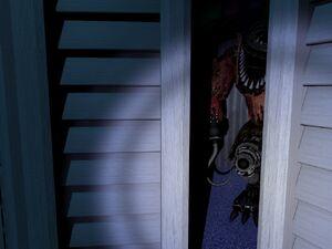 Nightmare Foxy Closet 2