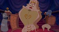 Beauty-and-the-beast madame-de-la-grande-bouche 3