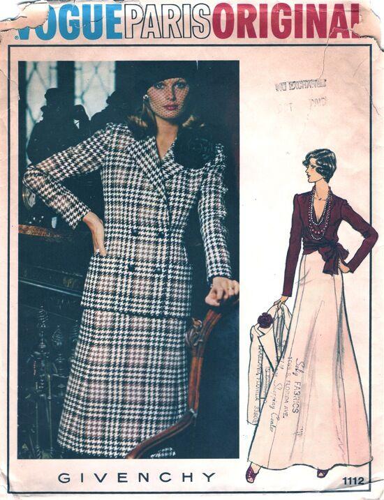 Vogue1112.jpg