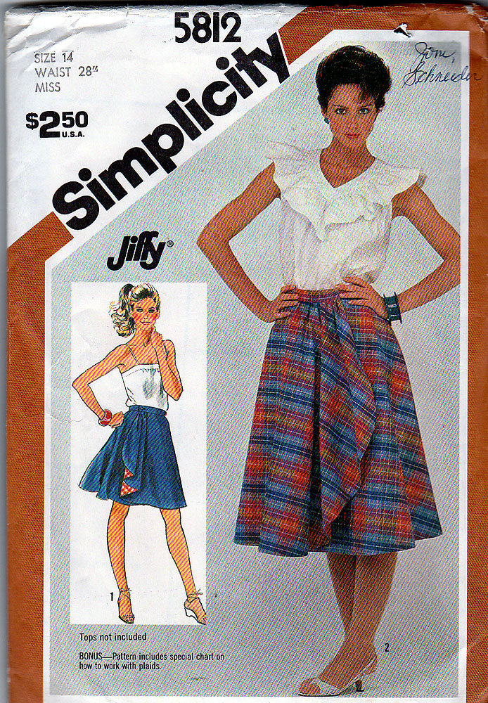 Simplicity 5812 B
