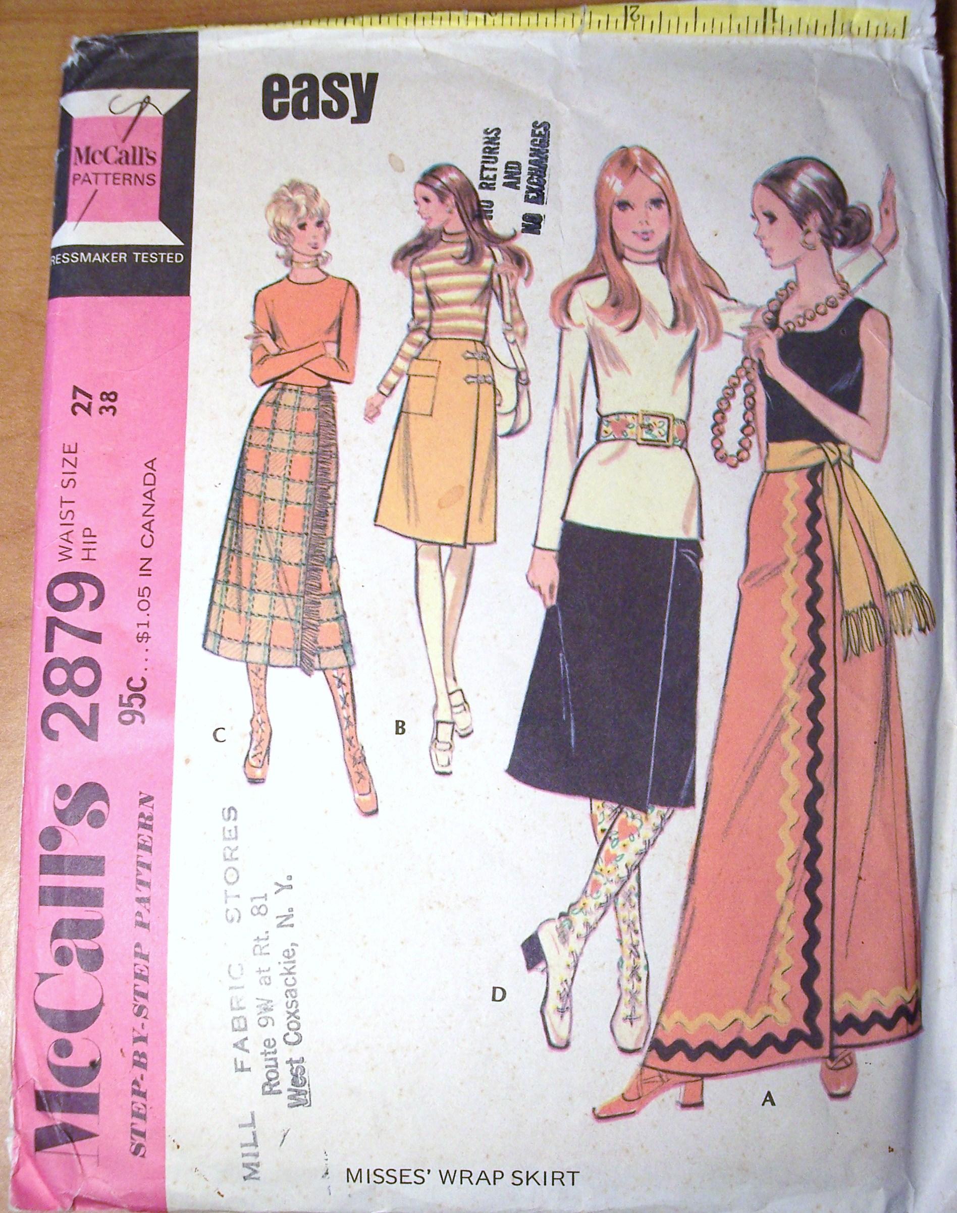 McCall's 2879