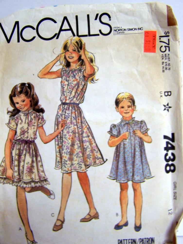 McCall's 7438