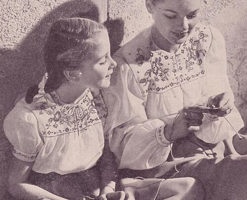 This photo is from the Summer 1946 issue of MCCALL NEEDLEWORK magazine.