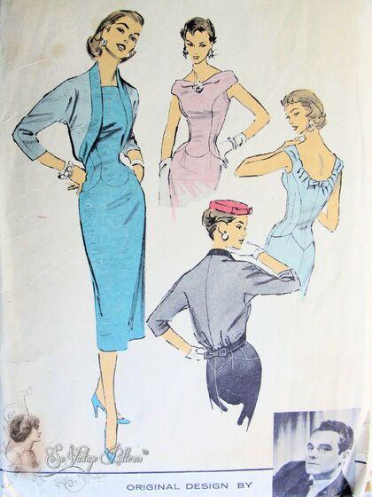 Advance American Designer 7967 Sheath Dress, Back Interest, Original design by Luis Estevez of Grenelle.