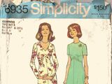 Simplicity 6935