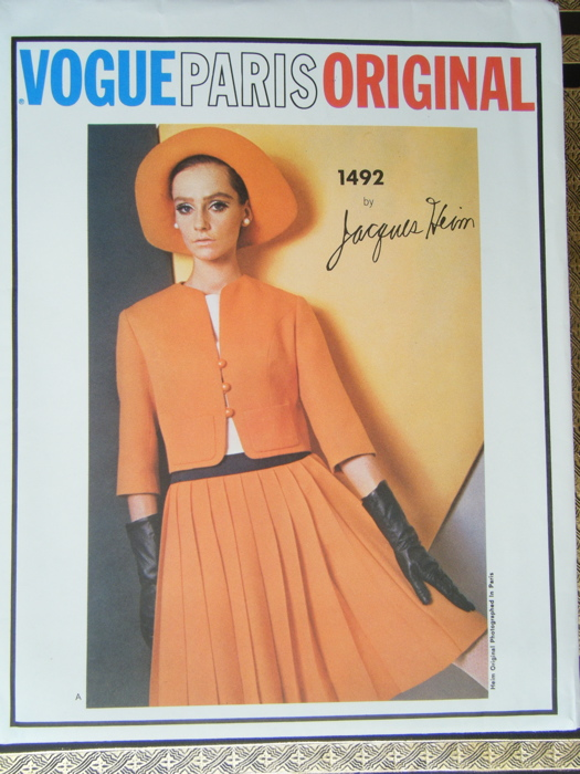 Vogue 1492 B