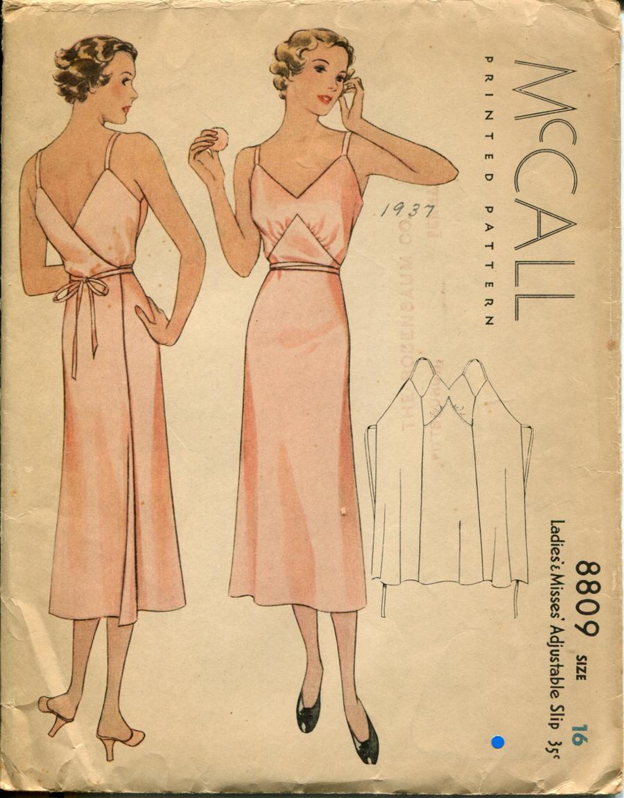 McCall 8809