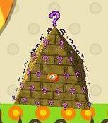 PinataPyramide.jpg