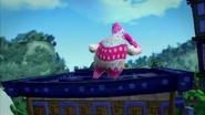 Jeli Dancing On Rooftop