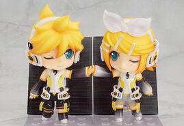 Kagamine Rin Len Append Nendoroid 301 302