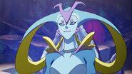 Queen Luxia (S02E02)