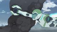 S4E02.128a. Pidge flying for Green Lion 2