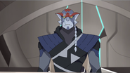 S3E01.168. Kolivan dude you need to work on not looking miffed all the time