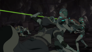 S7E05.268. Macidus jumps behind Lance for another scare