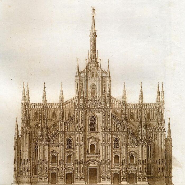 Prospetto anteriore del Duomo.
