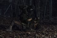 11x04 Daryl Vs. Reaper