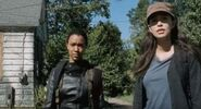 The-walking-dead-the-other-side-600x323
