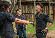 The-walking-dead-episode-708-rick-lincoln-935