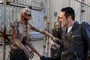 811 Negan with Walker