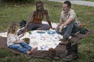 9x03 Grimes Family picnic